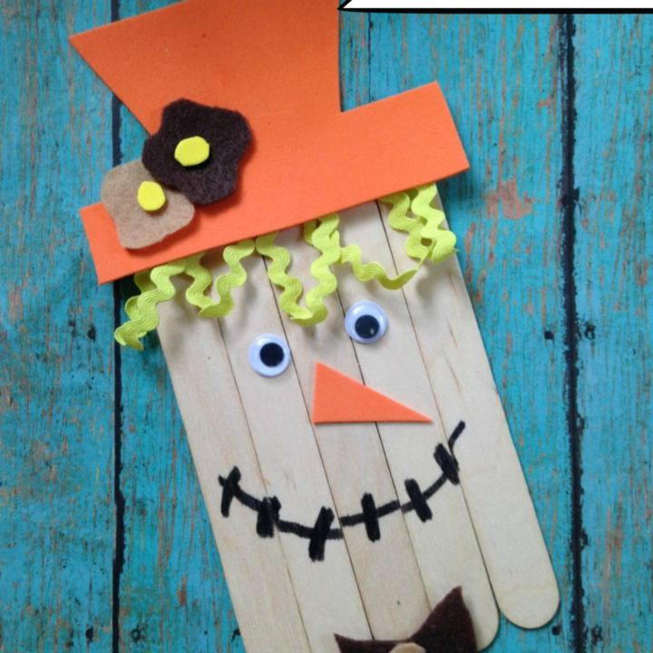 Scarecrow Popsicle Stick Craft