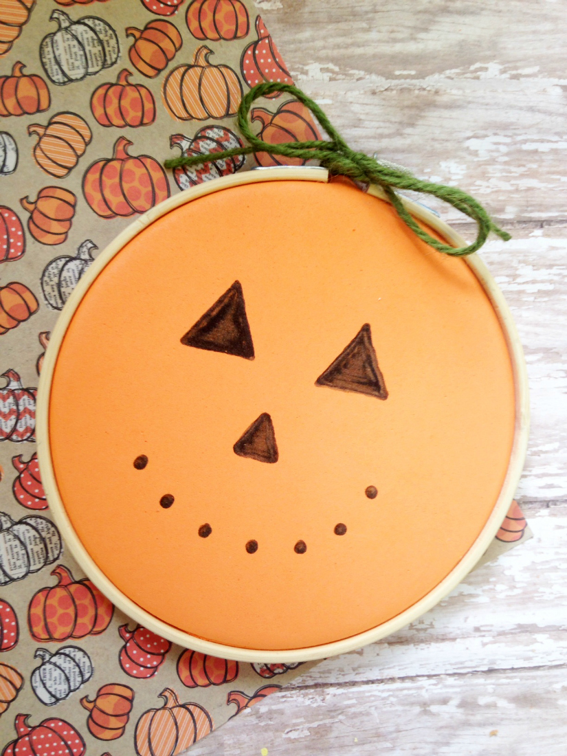 Embroidery Hoop Pumpkin Craft